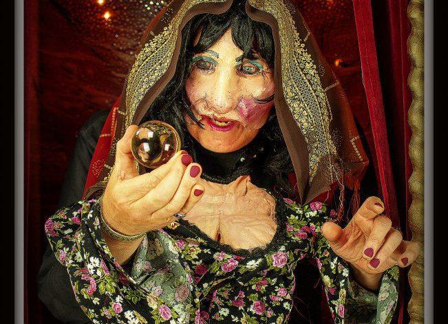 Madame Rosalie zegt waar straattheater