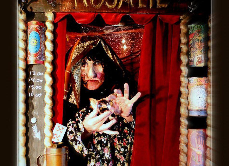 Waarzegster Rosalie